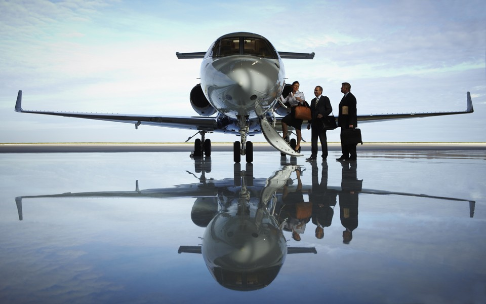 Hawker 900 XPA Business jet Rizon hanagr