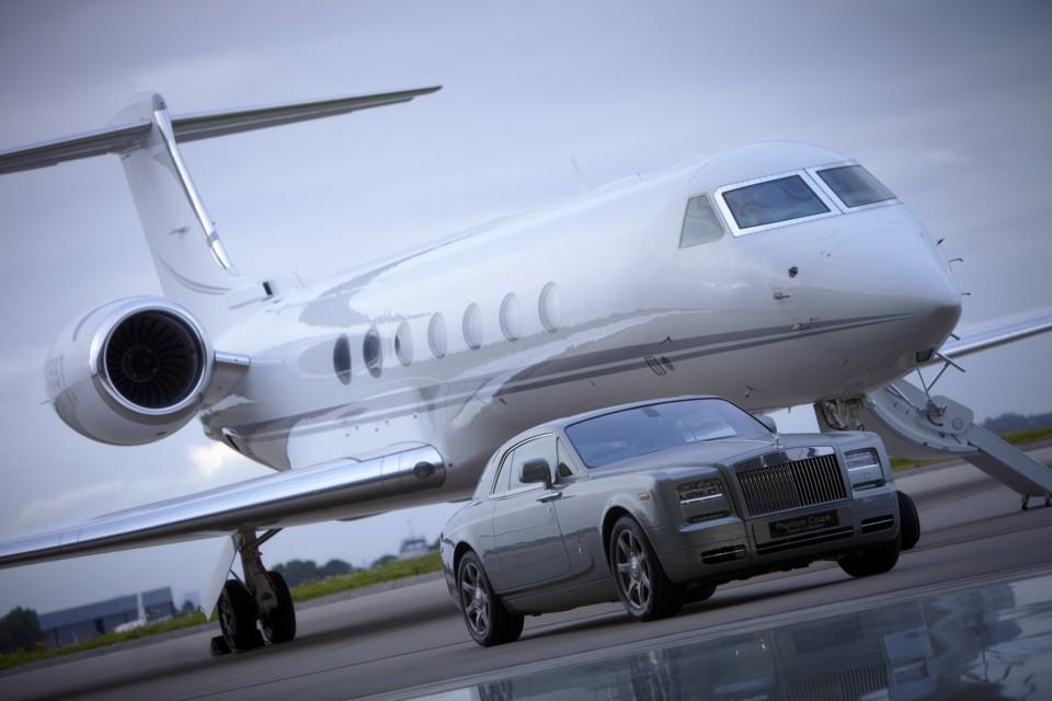 Rolls Royce and Gulfstream G55 at Rizon Hanagr