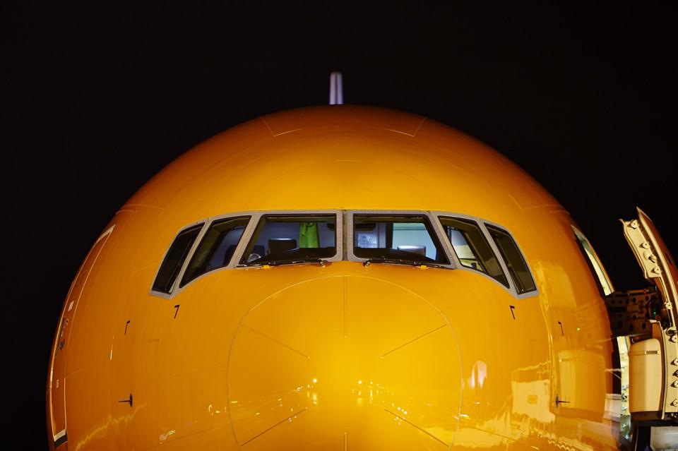 Boeing 777 Night shoot Liége Cargolux
