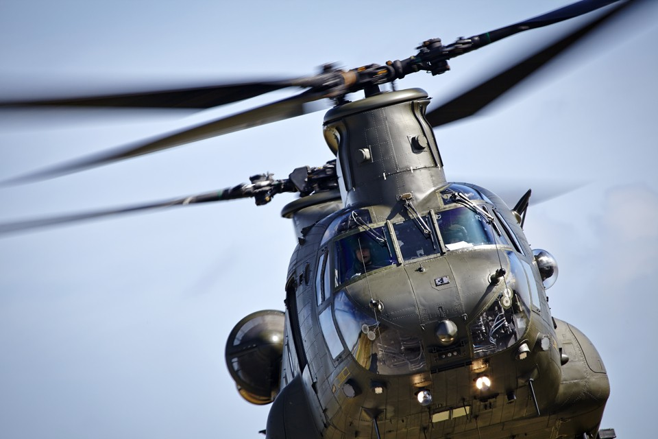 Boeing CH47 Chinook Low Pass