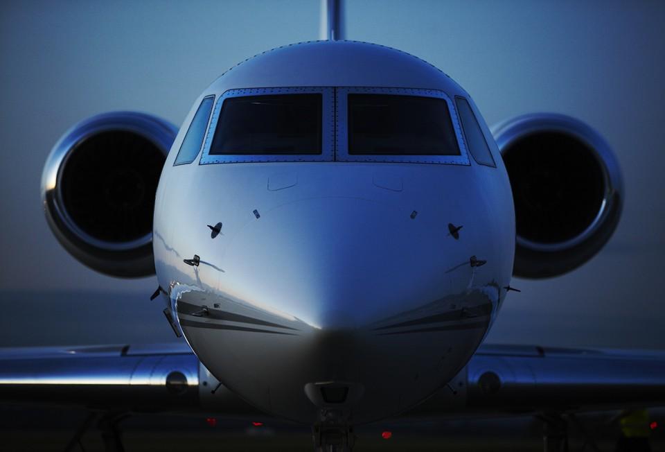 Gulfstream G550 Dusk
