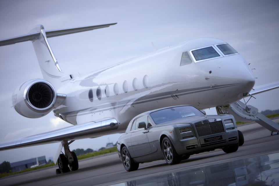 Rolls Royce and Gulfstream G55 at Rizon Hanagr